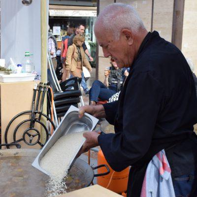 Tastarròs en la plaza del Ayuntamiento de Valencia